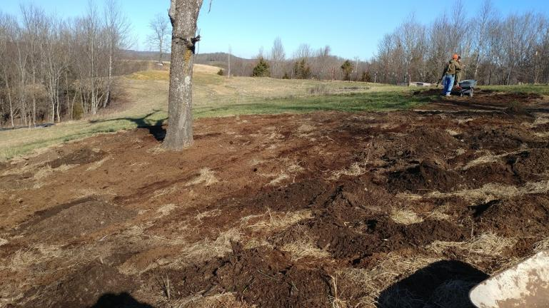 Garden of the Sun - with fresh hay, saw dust and woodchips    1-8-20