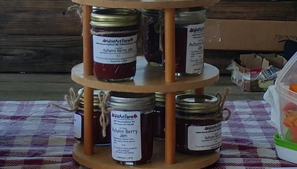 Low Sugar Autumnberry Jam with organic Stevia powder